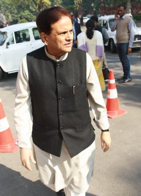 Mysterious posters project Ahmed Patel as Gujarat CM