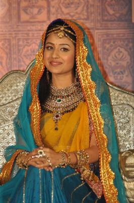 Paridhi to play mother in  Patiala Babes