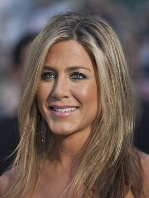 Aniston s new fragrance inspired by her youth