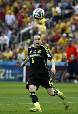 Iniesta hopes to play against Barcelona in Japan next summer