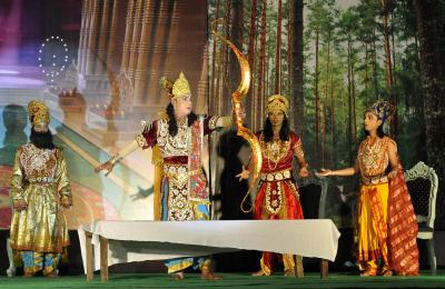 With no Ram Lila, Sita will be in salon, Ravan sell garments this year