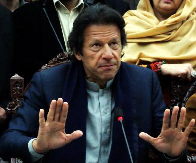 Non-bailable arrest warrant issued against Imran Khan (Lead)