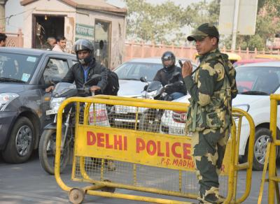 Security beefed up on Delhi borders over protests by farmers
