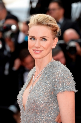 Naomi Watts cast in series on former Fox News head