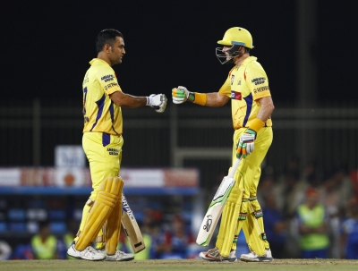 You should never write off champions: Hussey on Dhoni's future