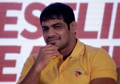Sushil wins gold as Indians dominate Commonwealth wrestling (Third Lead)