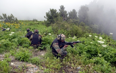Pakistan violates LoC ceasefire for 3rd day in J&K