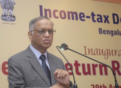 Infosys ex-Chairman Seshasayee lied to shareholders, says Murthy