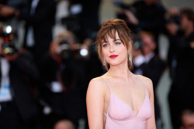 Fifty Shades  sex scenes could ve broken records: Dakota