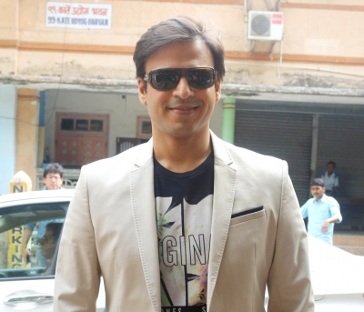 Vivek Oberoi's tweet draws ire from women panels (Lead)