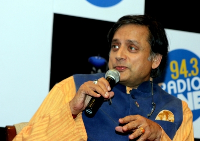 Tharoor bats for resuming India-Pakistan cricketing ties