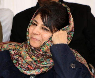 Mehbooba Mufti congratulates Modi for electoral wins