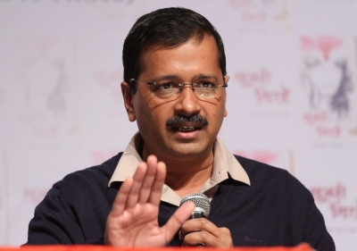 Kejriwal assures enough buses for Delhi