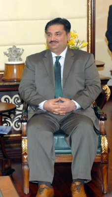 Pakistan to give  robust response  to India