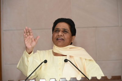 Mayawati slams Yogi for hike in petrol, diesel prices