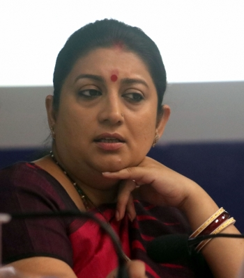 Charge-sheet against 4 for  misbehaving  with Smriti Irani