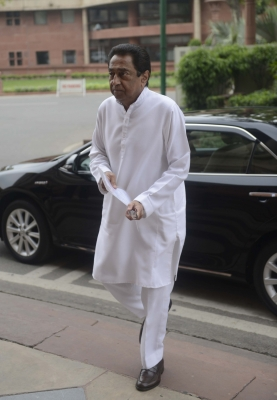 Kamal Nath blames Shivraj for worst conditions of roads in MP