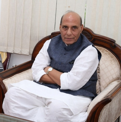Rajnath calls up Nitish over Bihar flood situation