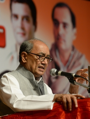 Goa Governor acted unilaterally, invited BJP to form government: Digvijaya