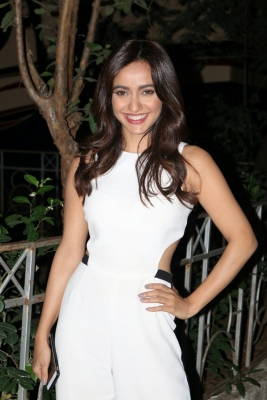Anil Kapoor is a delight to work with: Neha Sharma