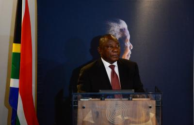 Ramaphosa succeeds Zuma as South African President (Lead)