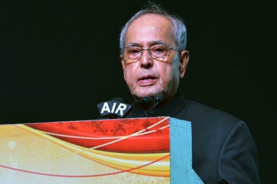 Ex-President Mukherjee's health worsens, on ventilator support