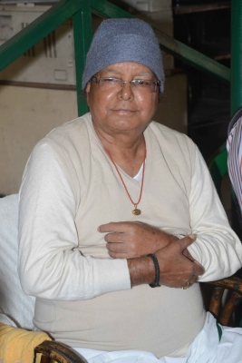 IRCTC case: CBI charge-sheets Lalu, wife, son, top Railway Board official (Second Lead)