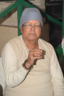 Lalu s supporters visit Ranchi jail with dahi-chura, return empty-handed