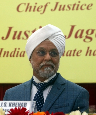 SC may set up constitution bench to hear AAP-LG row