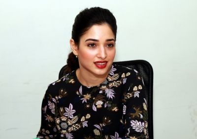 I love Deepika's experimental nature: Tamannaah