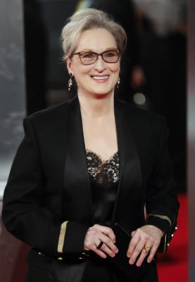 Oscar winner Streep advised people to afraid of Trump and his possibility