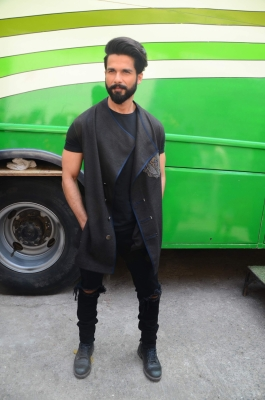 Shahid Kapoor named Sexiest Asian Man in UK poll