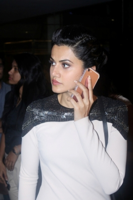 Taapsee to attend fan s wedding