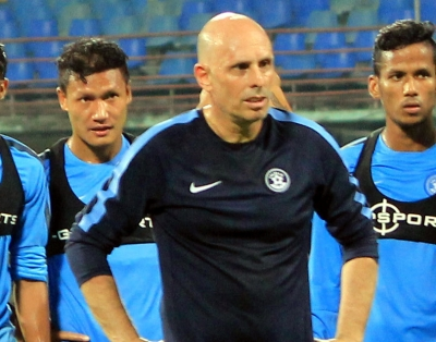 Coach Constantine accepts India football team contract extension