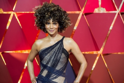 Topless Halle Berry flaunts her back tattoo