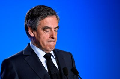 France s Fillon refuses to quit presidential race (Lead)