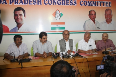 BJP, Congress try to cobble up numbers in Goa
