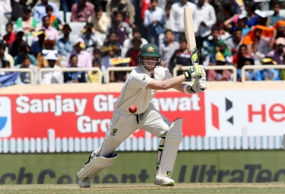 Ashes: Smith masterclass helps Aus cut lead to 8 (Lead)
