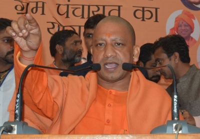 Yogi announces Rs 15 lakh, house for Tiwari's family