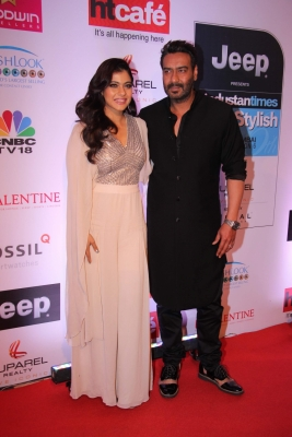 Ajay, Kajol support initiative to turn plastic 'fantastic'