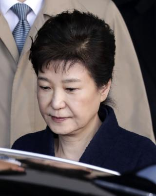 Lawyers deny all charges against South Korea s ousted President