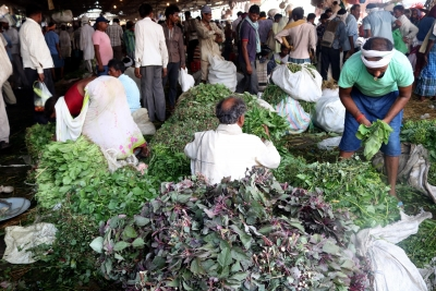 Rise in food prices accelerates India s wholesale price inflation (Roundup)