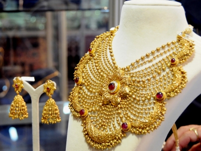 After manic Friday, gold may cross all-time high: Analysts