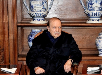 Algerian army chief demands removal of President
