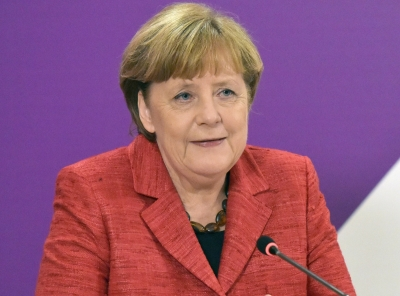 Merkel praises Turkey's efforts in hosting Syrian refugees