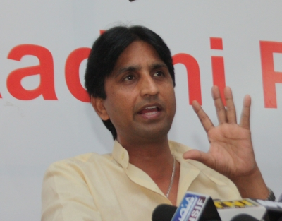Vishwas quits  responsibility  as AAP s overseas fundraiser (Lead)