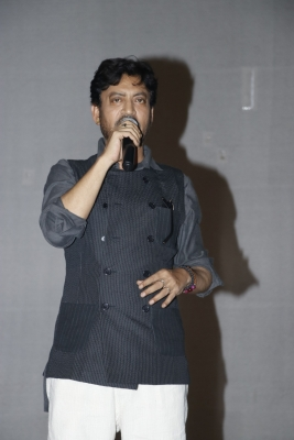 Irrfan all claps and whistles over  Hindi Medium  response