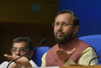 Javadekar supports CBSE moderation policy