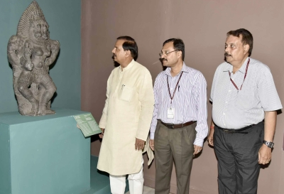 Exhibition displays returned stone sculptures from Australia