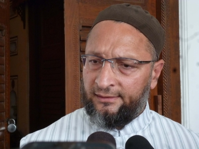 Nobody can  give  away a mosque, says Owaisi on Shia Waqf Board stand